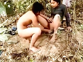Indian Outdoor Hookup